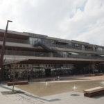新しく生まれ変わった山口県周南市の徳山駅へおいでませ!